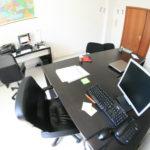 Ufficio arredato, pronto all'uso