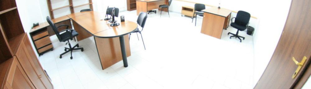 Napoli ufficio arredato 6 persone posti auto €300 mese