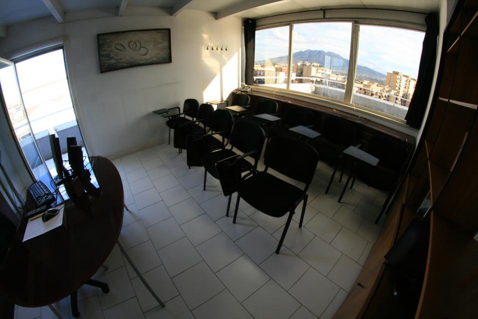 Noleggio sale riunioni Napoli