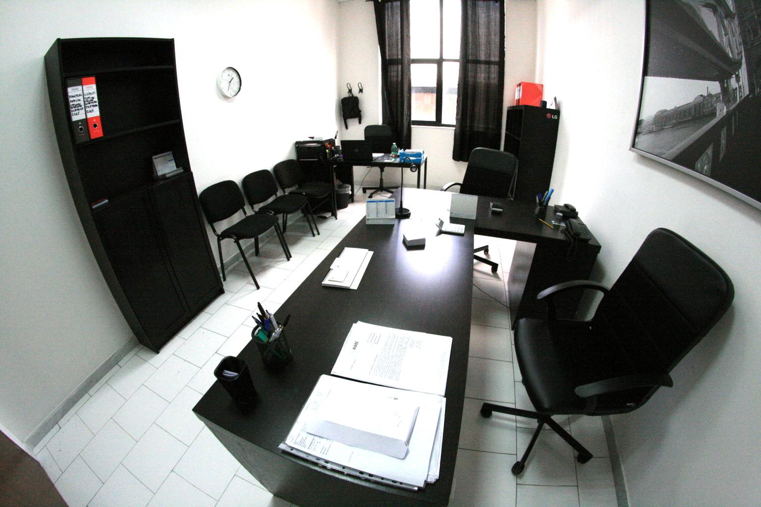Napoli affitto ufficio arredato