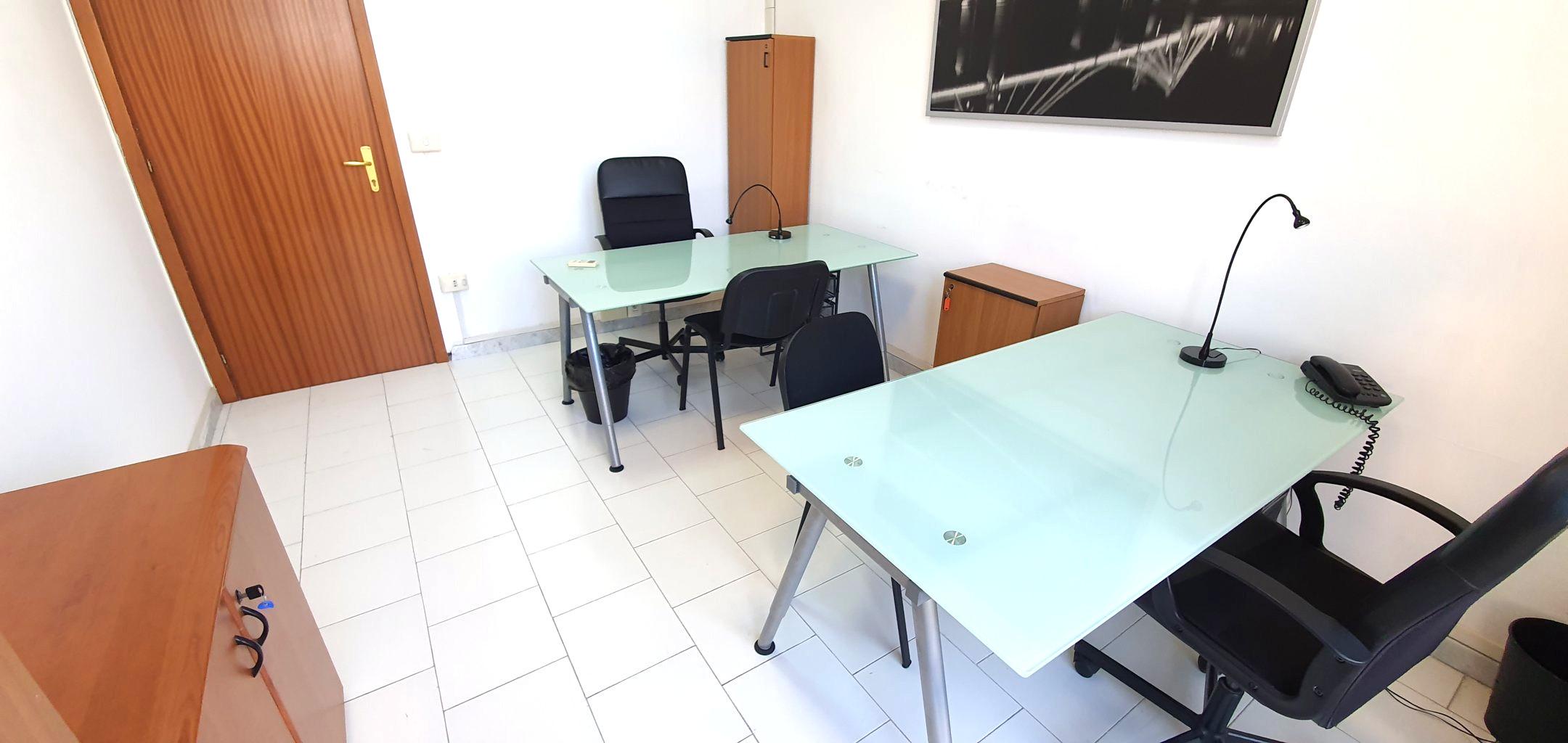 Studio arredato Napoli